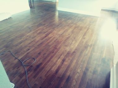 Before & After Hardwood Floor Cleaning in Texas (3)