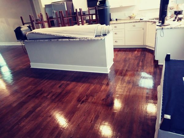 Before & After Hardwood Floor Cleaning in Texas (7)