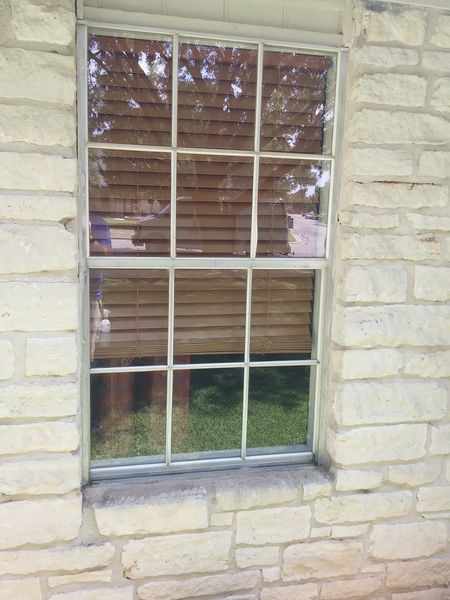 Before & After Window Cleaning in Hutto, TX (3)