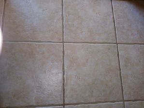 Before & After Tile & Grout Cleaning in Giddings, TX (5)