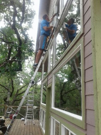 Window Cleaning in Elgin, Texas by Clean Pro