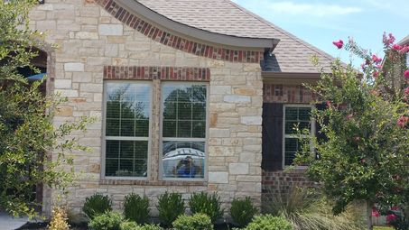 Before & After Window Cleaning in Cedar Park, TX (1)