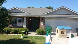 House Cleaning, Pressure Washing & Window Cleaning in Elgin, TX to Prepare Home to go on the Market for Sale (1)