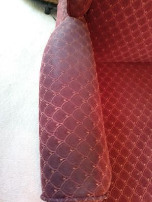 Before & After Upholstery Cleaning in Elgin, TX (3)