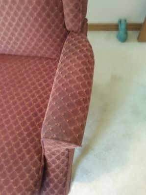 Before & After Upholstery Cleaning in Elgin, TX (5)