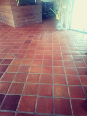 Before & After Tile Cleaning, Elgin TX. (2)
