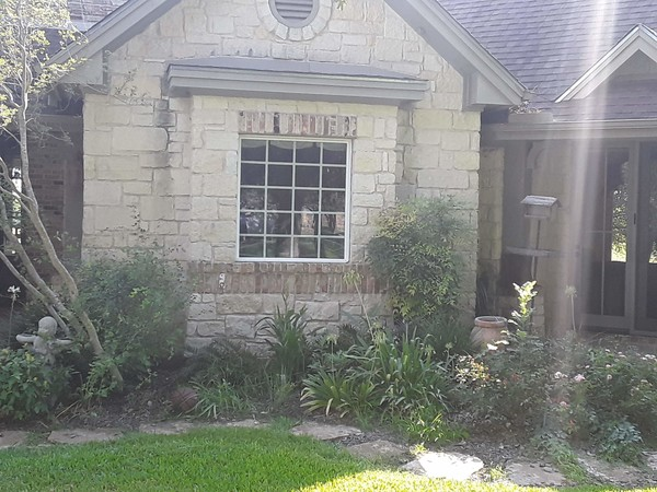 Window Cleaning in Taylor, TX (5)