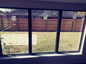 Before and After Window Cleaning in TX (4)