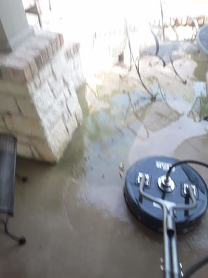 Pressure Washing in Taylor, TX (2)