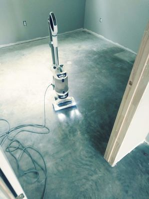Before & After of Concrete Floor Sanitizing & Sealing in Lexington, TX (2)