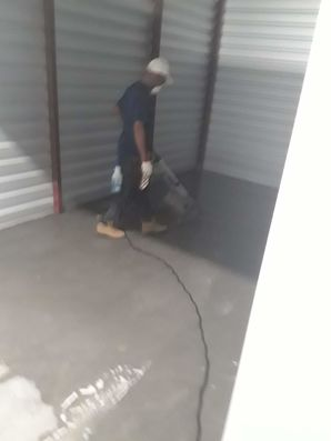Commercial Concrete and Wall Cleaning in Cedar Creek, TX (1)