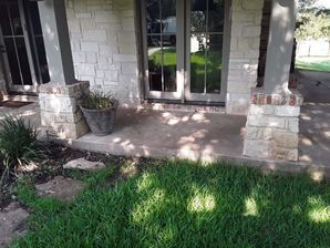 Window Cleaning in Taylor, TX (2)