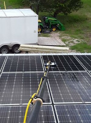 Solar Panel Cleaning in Elgin, TX (1)
