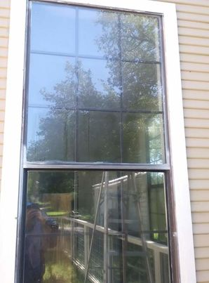 Before & After of Paint Over Spray Removal on Windows in Cedar Creek, TX (4)